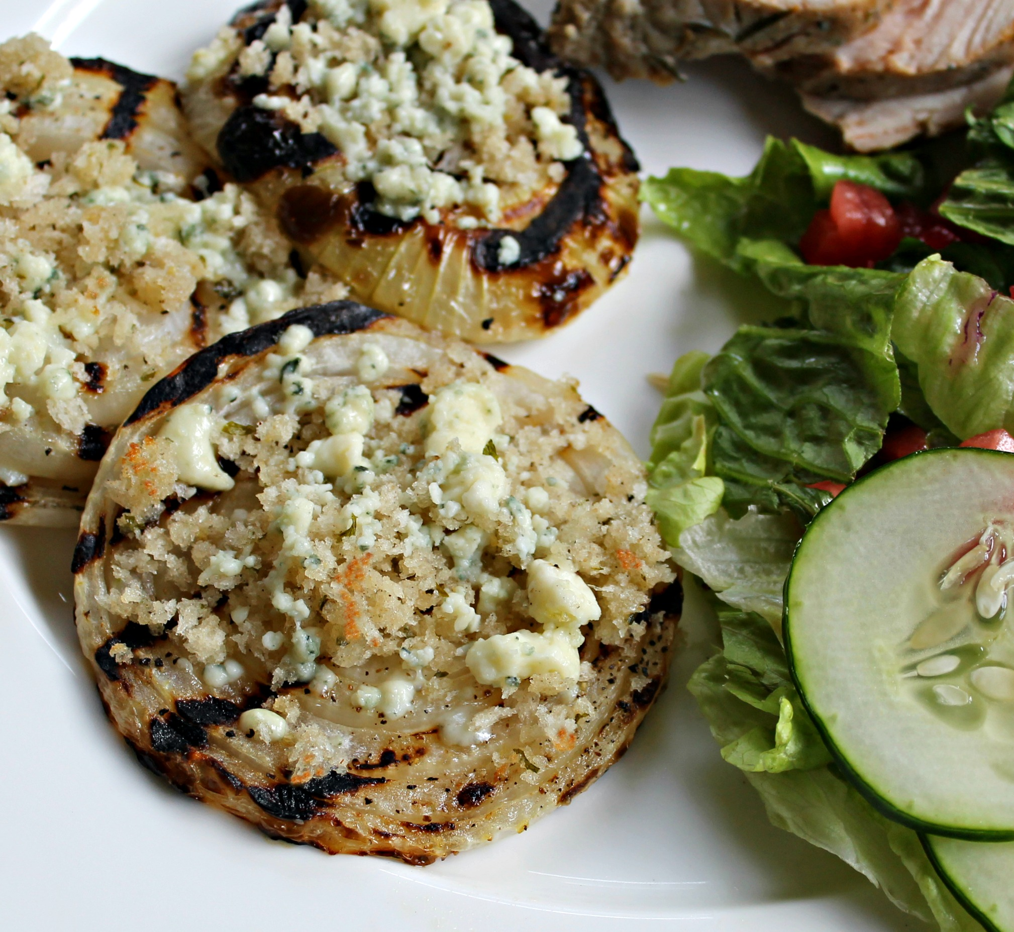 Grilled Vidalia Onion With Blue Cheese